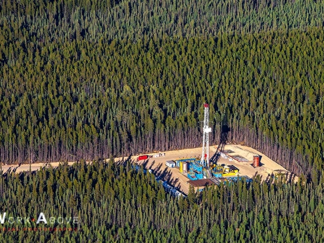 Aerial photo of oil rig in forest