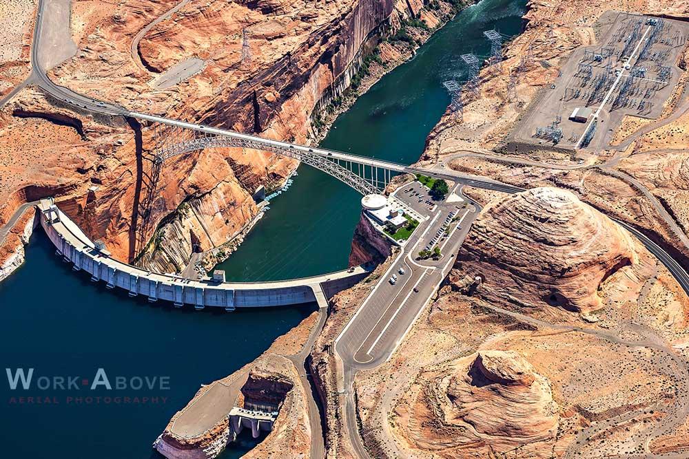 Glen Canyon Hydroelectric Dam near Page, AZ - 111007_0605